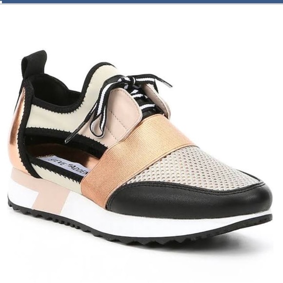 6ff688b71ad Steve Madden Rose Gold Faux Leather Arctic Sneaker.  M 5a89dbbd3316273bc94fbd9c